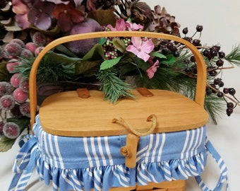 Longaberger basket Childs Purse with Swing Handle and liner, Vintage, Collectible