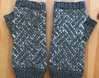 Fingerless gloves, stranded knitting, gray gloves, Japanese design
