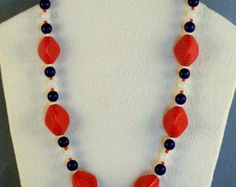 Short Beaded Necklace // 4th of July Colors // Independence Day Wear // Cheerful // Patriotic // Eye Pleasing
