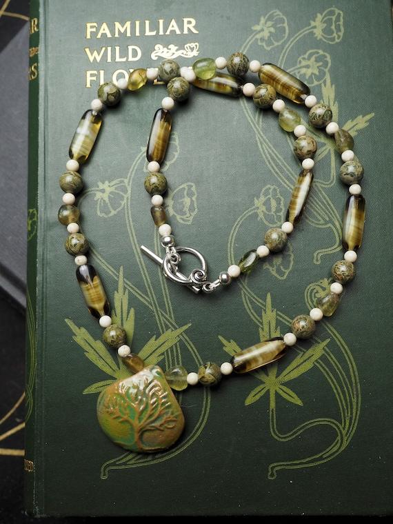 Baum des Lebens Halskette grüne Granat Rhyolith & Vintage