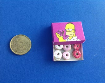 "Miniature donuts with box ""Homer Simpson"", 1:12th scale"