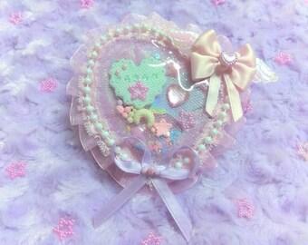 Kira Kira Heart Shaped Shaker Brooch, Fairy Kei/Kawaii fashion