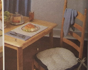 Simplicity Home Pattern 8696, Make Place Mats and Chair Pads, New and Factory Folded