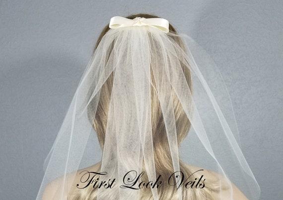 Ivory Bow Veil, Bridal Chapel Veil, Bridal Veil, Wedding Vail, Bridal Bows, Bridal Custom, Bridal Attire, Bridal Accessory, Wedding, Gift