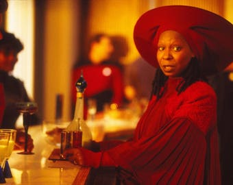 Star Trek star WHOOPI Goldberg Guinan autograph Signed Autographed 4x6 card with 2free bonus prints star of Time's Arrow The Color Purple