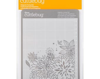 CUTTLEBUG - MAGNETIC MAT  for PAPERCRAFTiNG - GREaT Thin Dies !!  New