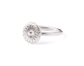 Fenestra Ring
