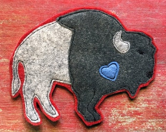 "Gray Buffalo ""buffalove"" Felt Sew on Patch"
