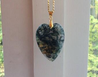 Beautiful Heart Shape Pendant Green Moss Agate