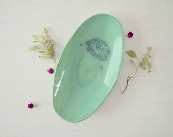 Oval Fruit Bowl, Wedding Gift, Ceramic Bowl, Ceramic Centerpiece,Green Bowl, Ceramic Fruit Bowl