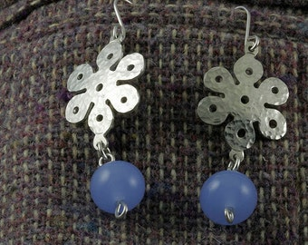 On SALE 20 to 50% off. Flower sterling silver earrings with lampworked bead