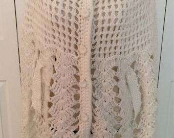 1970 Crocheted Cape/Crochet Poncho