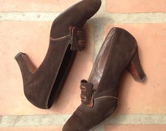SALE 1930s chocolate brown suede shoes/vintage 30s heels