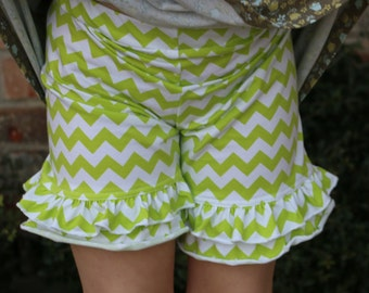 12.99 SALE bright green leaf green chevron print knit double ruffle shorts shorties bloomers sizes 12m - 14 girls