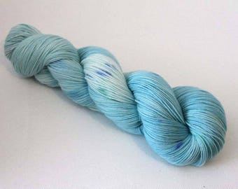 Ice Queen, Hand dyed Merino Sock 75/25 sw merino/nylon