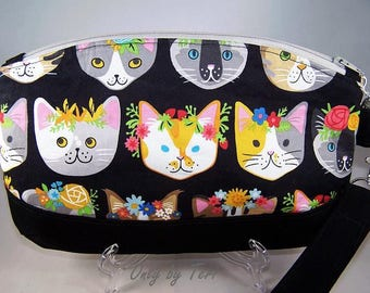 Cute Kitty Cat Clematis Wristlet/Clutch