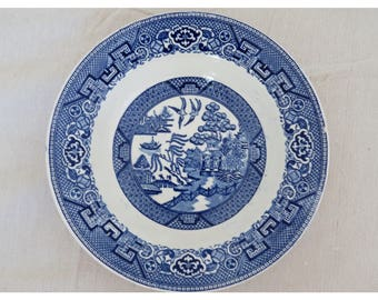 Homer Laughlin Blue willow bowl, vintage Blue and white chinoiserie dishes, blue and white plate, blue asian dishes, blue willow porcelain