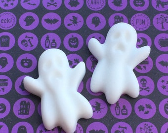 10 Ghost Soaps, Halloween Party Favors, Halloween Decorations, Ghosts, Boo, Trick or Treat Favors