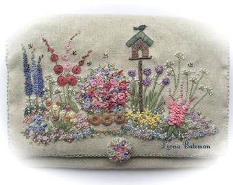Embroidered Country Gardens Needlecase - Full Kit