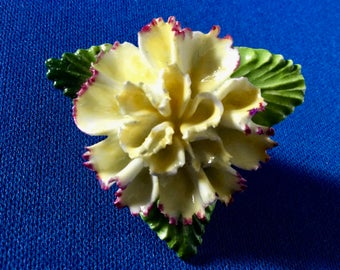 1950s Porcelain Brooch with Yellow Carnation and Three Green Leaves in the Capodimonte Style