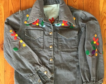 Vintage 1970s Handmade Embroidered Blue Denim Jean Jacket Size 5T