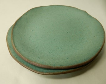 "Turquoise stoneware pottery salad / lunch plate about 7 3/4"" across...*"