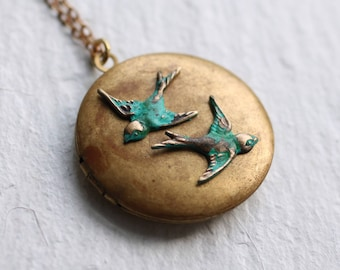 Bird Necklace, Bird Locket, Swallow Necklace, Customized Jewelry, Personalized Locket, Photo Jewelry, Gift for Her