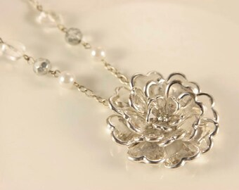 3D Flower Necklace Vintage Clear Flower Necklace Spray Flower Crystal Clear Flower Bib Necklace Pearl Flower Rhinestone Wedding Flower Charm
