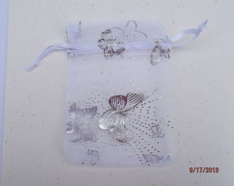 set of 10 bags/pouches organza White Butterfly silver 7 x 9 cm