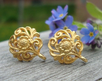 2 pairs, 12x10mm, 24k Vermeil Sterling Silver Filigree Floral Ear Post With Ear Nuts - EP-0001