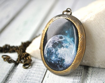 Moon photo locket - vintage locket necklace, moon jewelry, gift for her for girl, moon long chain brass, space jewelry - made to order