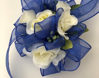 Corsage , Wrist Corsage, for Prom / Wedding /Bridesmaids / Silk Flowers /Spray Roses