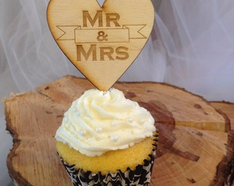 Cupcake toppers-Mr and Mrs-Set of 24