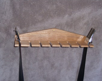 Belt organizer and storage rack with 8 spaces. Part No. 1402-B