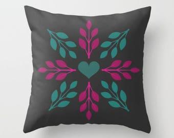 Heart Wreath Throw Pillow