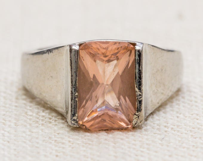 Rose Gold Rhinestone Vintage Ring Silver Metal Band Blush Pink Rectangular Emerald Cut Stone US Womens Size 8 7RI