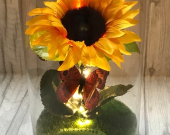 Sunflower butterfly light, wedding centrepieces, summer flowers, bell jar, wedding planning, event planning, boho
