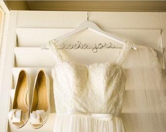 Personalized Wedding Dress Hanger, White Hanger, Hanger for Bride, Wedding Details, Bridal Shower Gift, Engagement Gift