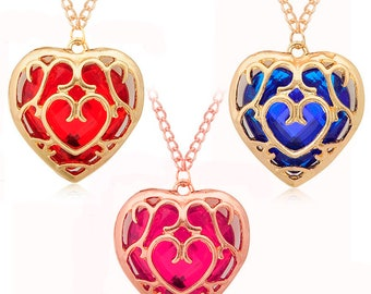 Very fashionable necklace gilded with a pretty heart faceted