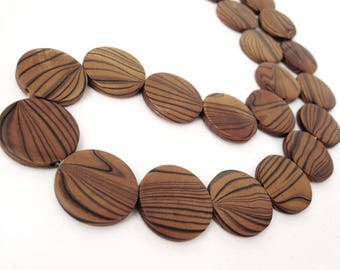 Wood Beads, Flat Round 25mm, Amber Brown Dyed 10 pces