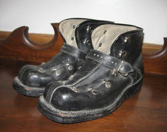 1940s Vintage Downhill Ski Boots  Karhu Olympic Rings  Black Leather  Great Decor Item  Cabin Display  Collectible  Sports  Combat Look