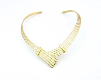 Trifari Necklace | Enamel Choker | Classic Necklace | Cream Choker | Chic Necklace | Wired Choker | 1980s Jewelry | Trifari Enamel