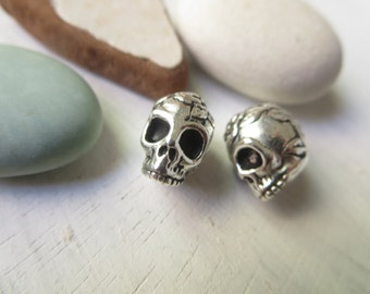 Ornate rose skull pewter beads , 10mm x 10mm x 8mm  beads  , Antiqued Silver plated spacer , metal casting  2 beads / 8aT-5685-12