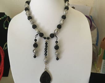 Handmade Black and White Necklace and Earring Set
