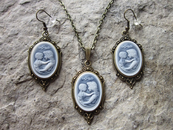 Choose Bronze Silver Gold or Rose Gold Mother and Child
