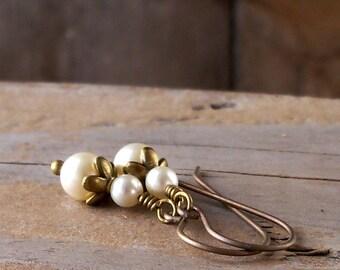 Hypoallergenic Pure Titanium Earrings - Boho Jewelry - Hypoallergenic - Pearl Jewelry - Pearl Wedding Earrings - Pure Titanium Earrings