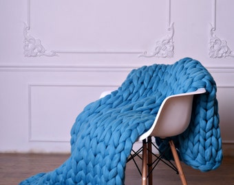 Chunky knit blanket - 43 colors! Large Knit Blanket - Super thick blanket - Hand Knitted Blanket - Giant knitting throw - Chunky Blanket