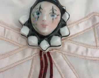 "Vintage 80's ""MIME CLOWN BROOCH"" / Pin Hand Painted"