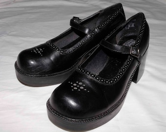 Vintage 1990 sketchers mary jane black platforms size 9 shipping included U.S.A and Cananda