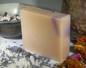 Lavender Soap 5 oz Natural Soap Handmade Soap Gift Set Organic Cold Process Soap Vegan Soap Gift for Her Lavender Body Wash